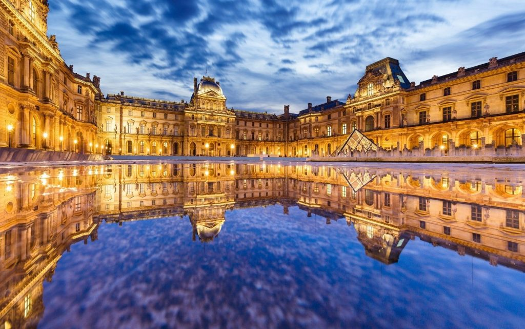 This image has an empty alt attribute; its file name is Louvre-Museum-paris-1024x641.jpg
