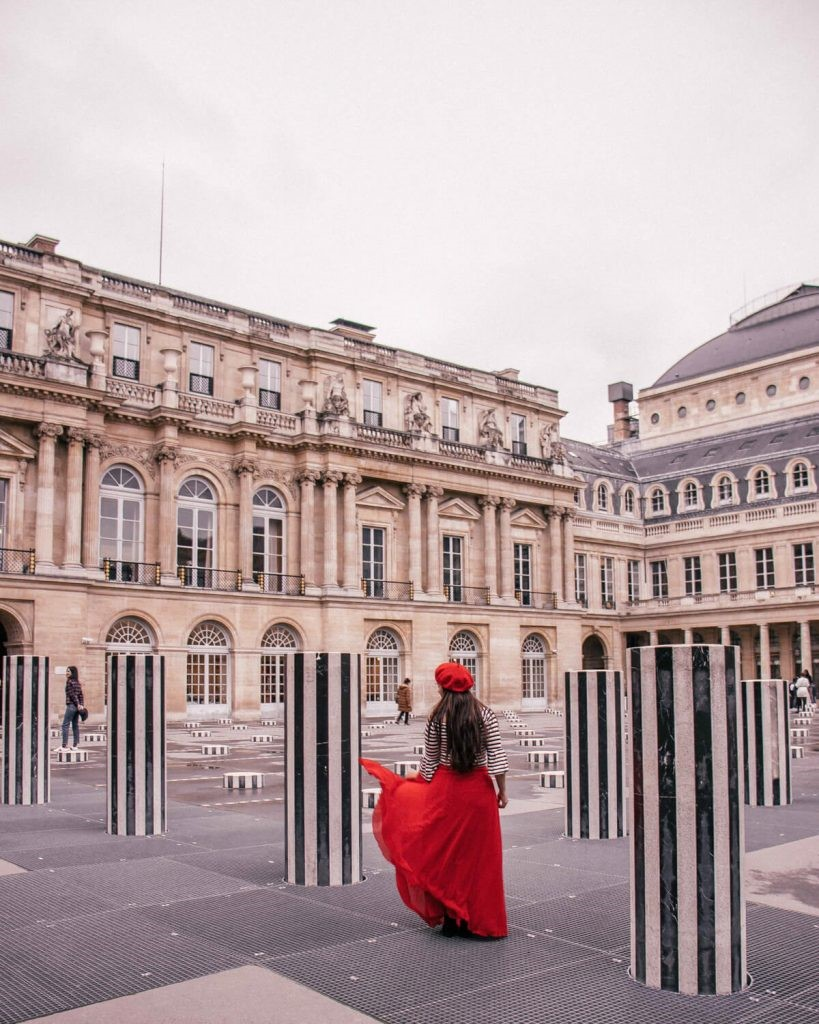 This image has an empty alt attribute; its file name is The-Columns-of-Buren-Palais-Royal.jpg