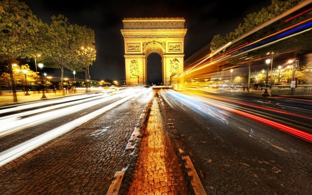 Walk On The Champs-Elysées To See Shop Showcases