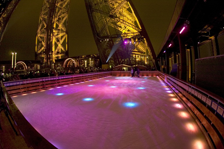 Ice Skating at the Champs-Elysées